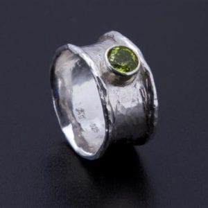 Hohlgeschmiedeter Ring