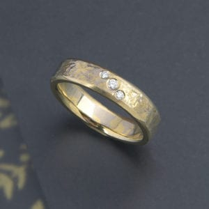 Mokume Gane ring mit feinen Eisschlag mit Brillanten