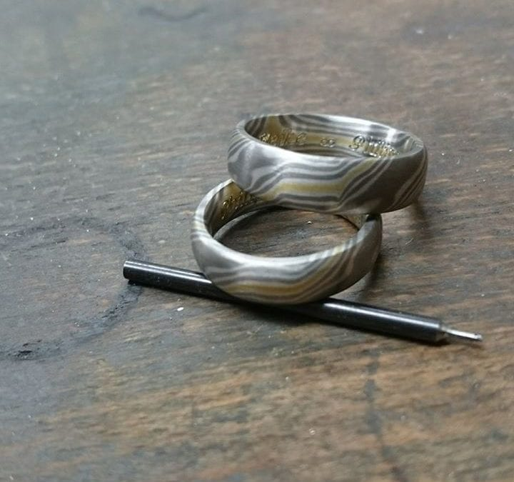 Mokume Gane Ringe mit Gravur.