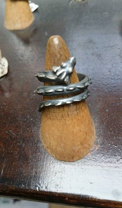 Drachenring Silber 925 geschwärzt.