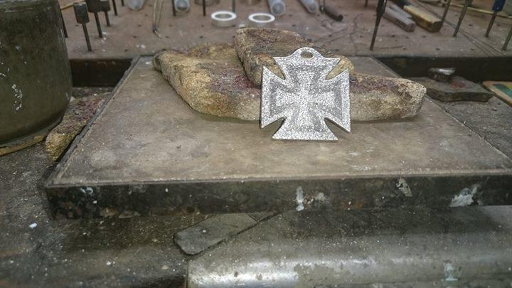 Heute startet die Goldschmiede Heider Ihren Adventskalender mit außergewöhnlichen handgefertigten Schmuckstücken aus eigener Werkstatt.