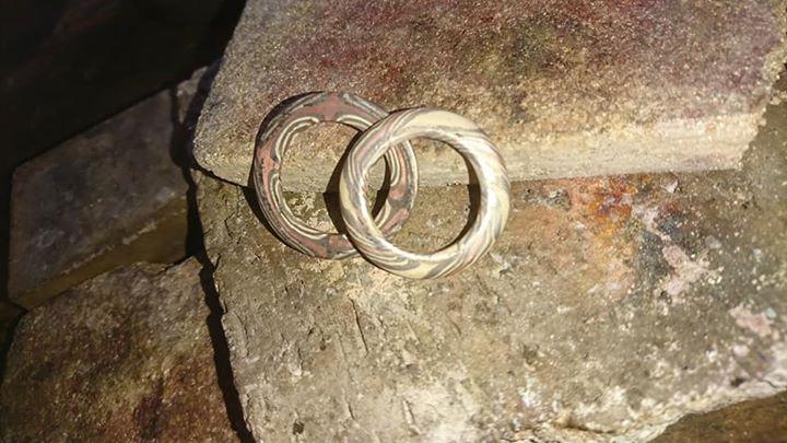 Heute und morgen können mir die Besucher auf dem Spektakulum in Braunfels beim stülpen von Mokume Gane Ringen zusehen.